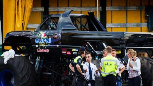 """""""Monster truck"""" mata 3 pessoas durante espetáculo na Holanda"""