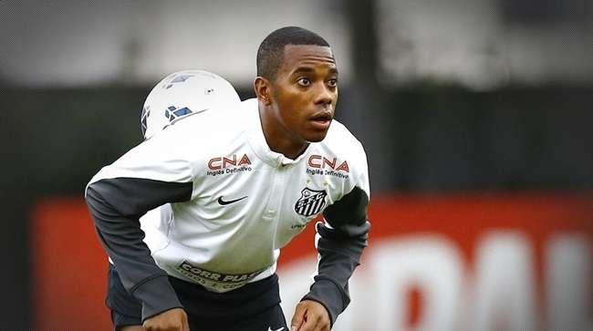 Com Robinho, Santos joga sob pressão contra o Coritiba