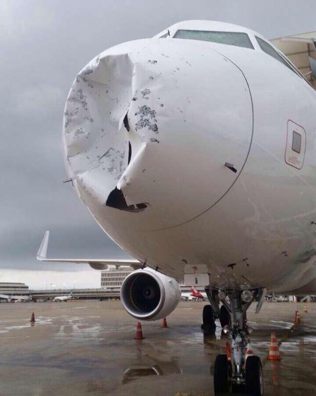 Tempestade de granizo amassa avião e provoca pouso forçado no Rio