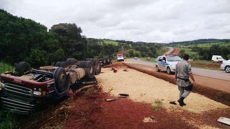 Motorista morre em acidente na GO-080, próximo a cidade de Nerópolis