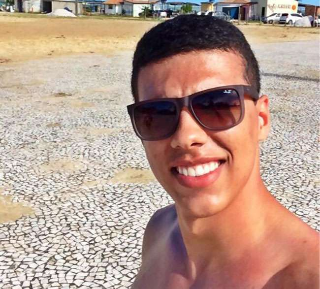 Jovem de 21 anos é morto a tiros durante assalto no Setor Bueno