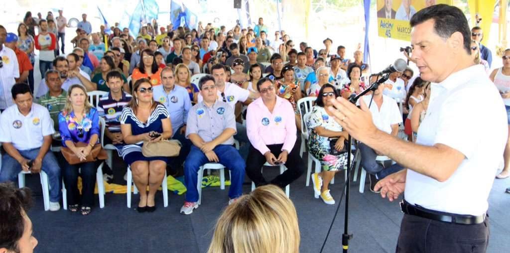 Em Anápolis, governador comemora avanços na UEG