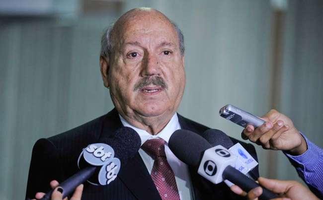 Senador Luiz Henrique da Silveira morre em Joinville