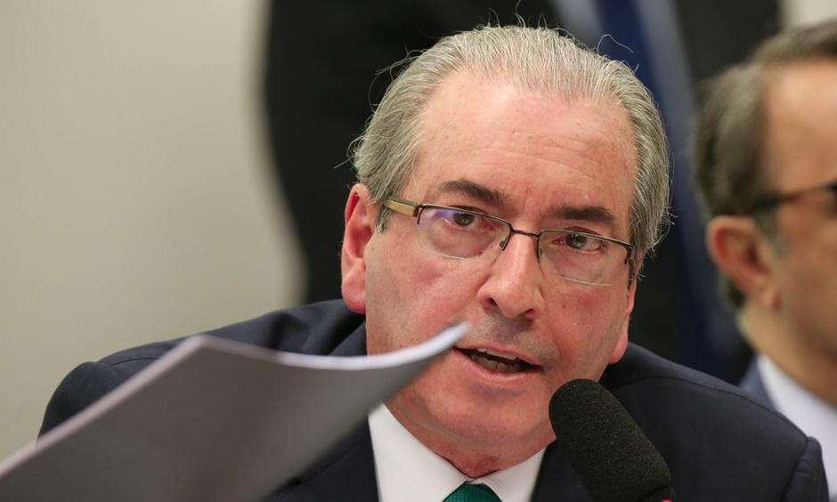 Cunha recorre ao STF para tentar reverter decisão de afastá-lo da Câmara