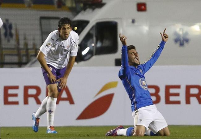 Palmeiras vence Fiorentina por 2 a 1 e alivia pressão de técnico