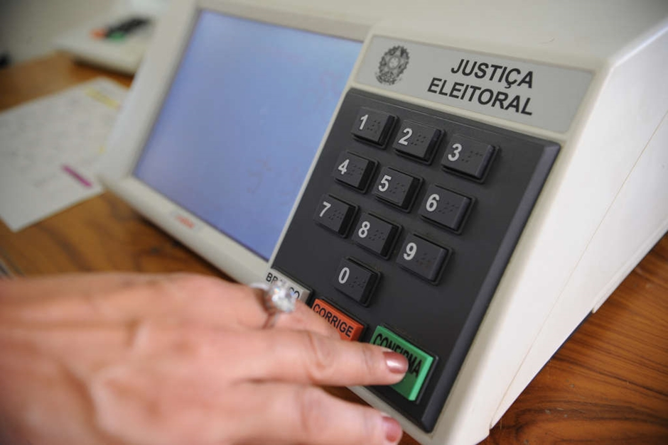 TRE registra 16 ocorrências de problemas em urnas eletrônicas em Goiânia e Anápolis