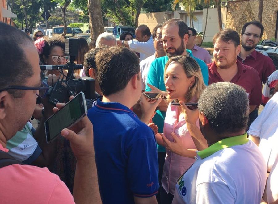 """""""As pessoas não devem se deixar levar pelas pesquisas"""", diz Adriana Accorsi"""