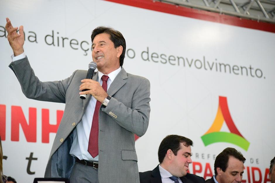 Maguito sanciona Plano Diretor de Aparecida de Goiânia