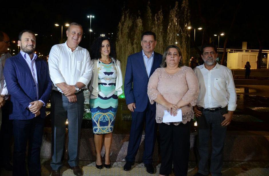 Marconi e Paulo Garcia entregam revitalização completa da Praça Cívica