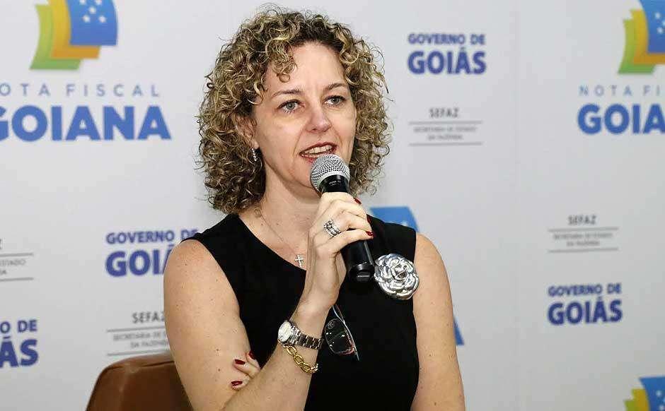 Secretária da Fazenda ressalta que Goiás está economicamente no caminho certo