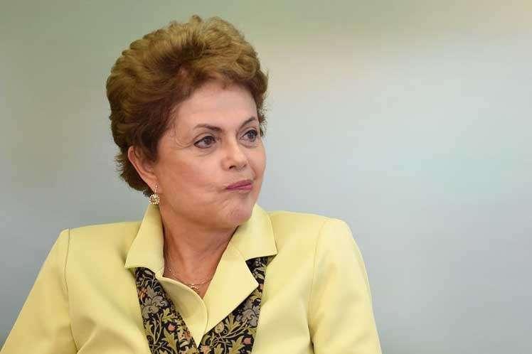"""Sem """"base real"""", presidente Dilma diz que não teme impeachment"""