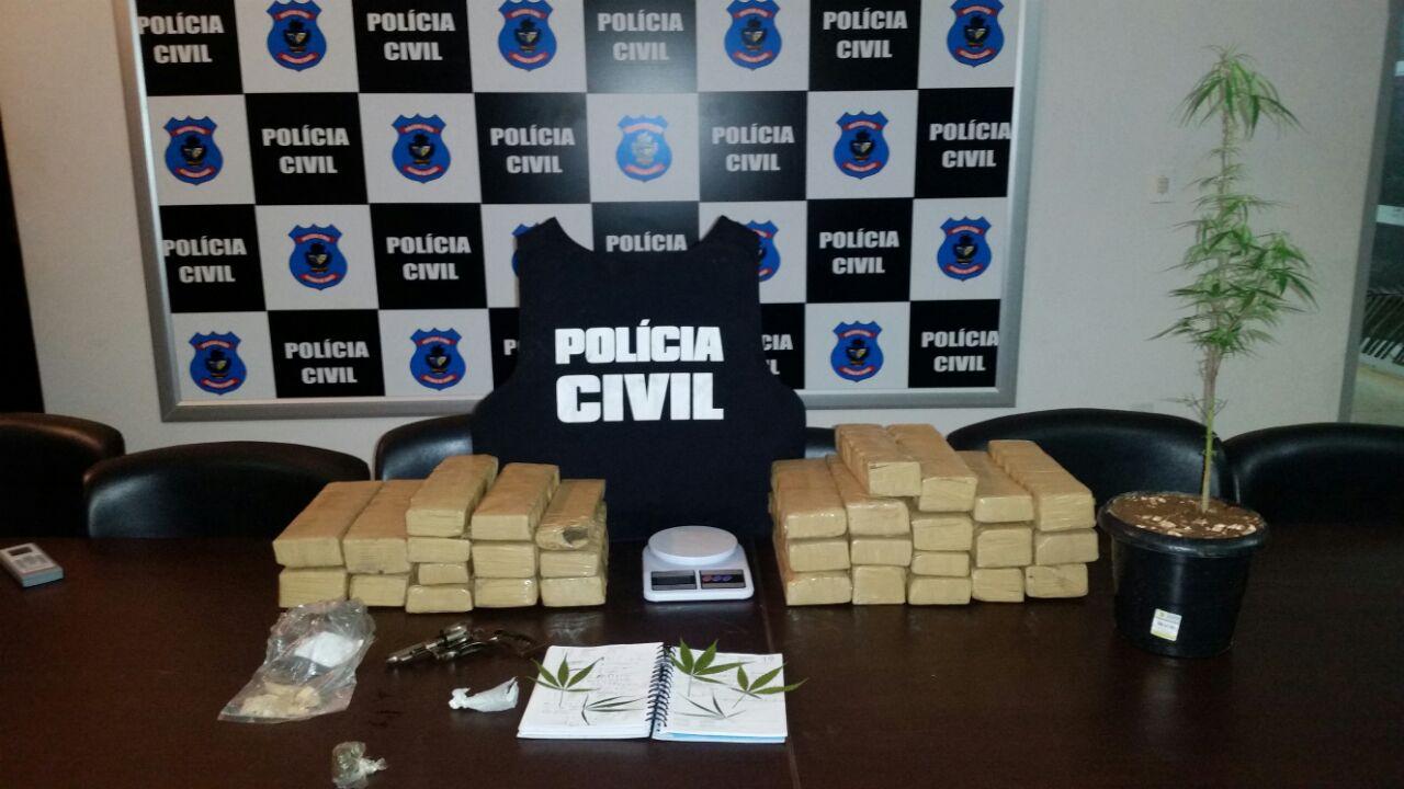Polícia Civil prende homem com 30 quilos de maconha no Setor Garavelo, em Aparecida