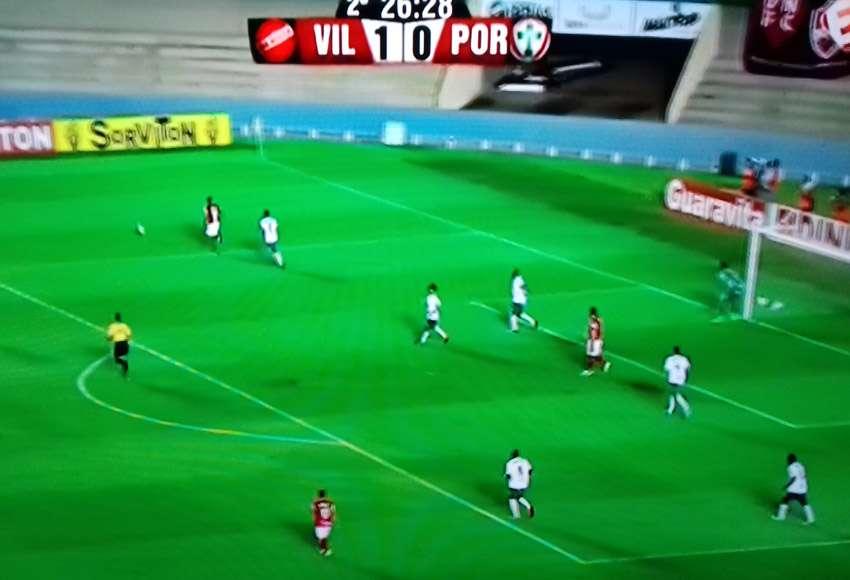 Com empurrão da torcida, Vila bate a Portuguesa por 1 a 0 no Serra Dourada