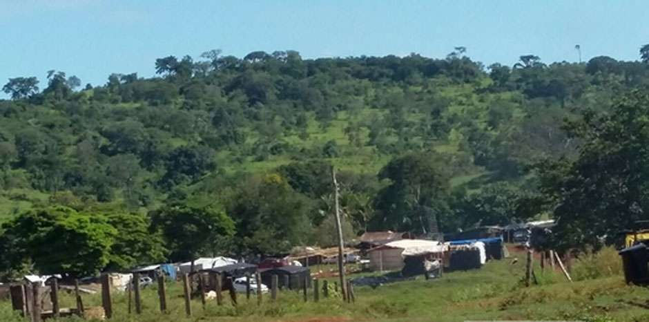 Polícia faz reintegração de posse de fazenda em Rianápolis