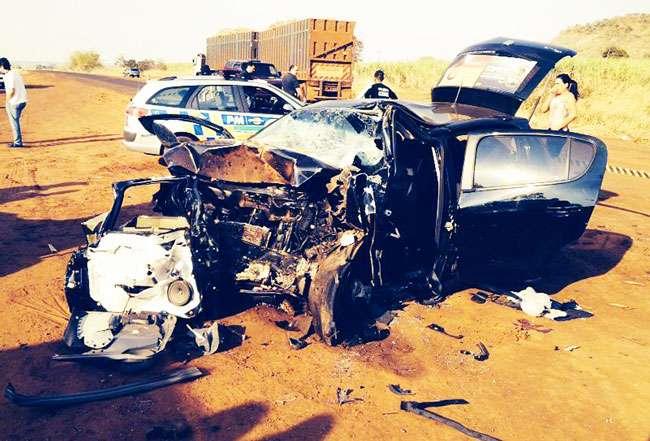 Três pessoas morrem e uma fica ferida em acidente na GO-164