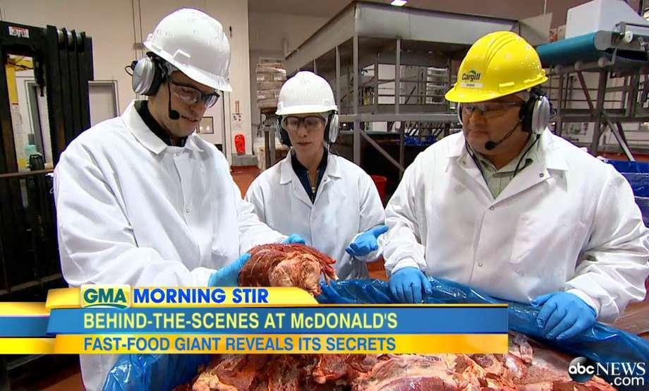 Pela primeira vez, rede de TV entra em fábrica do McDonald's