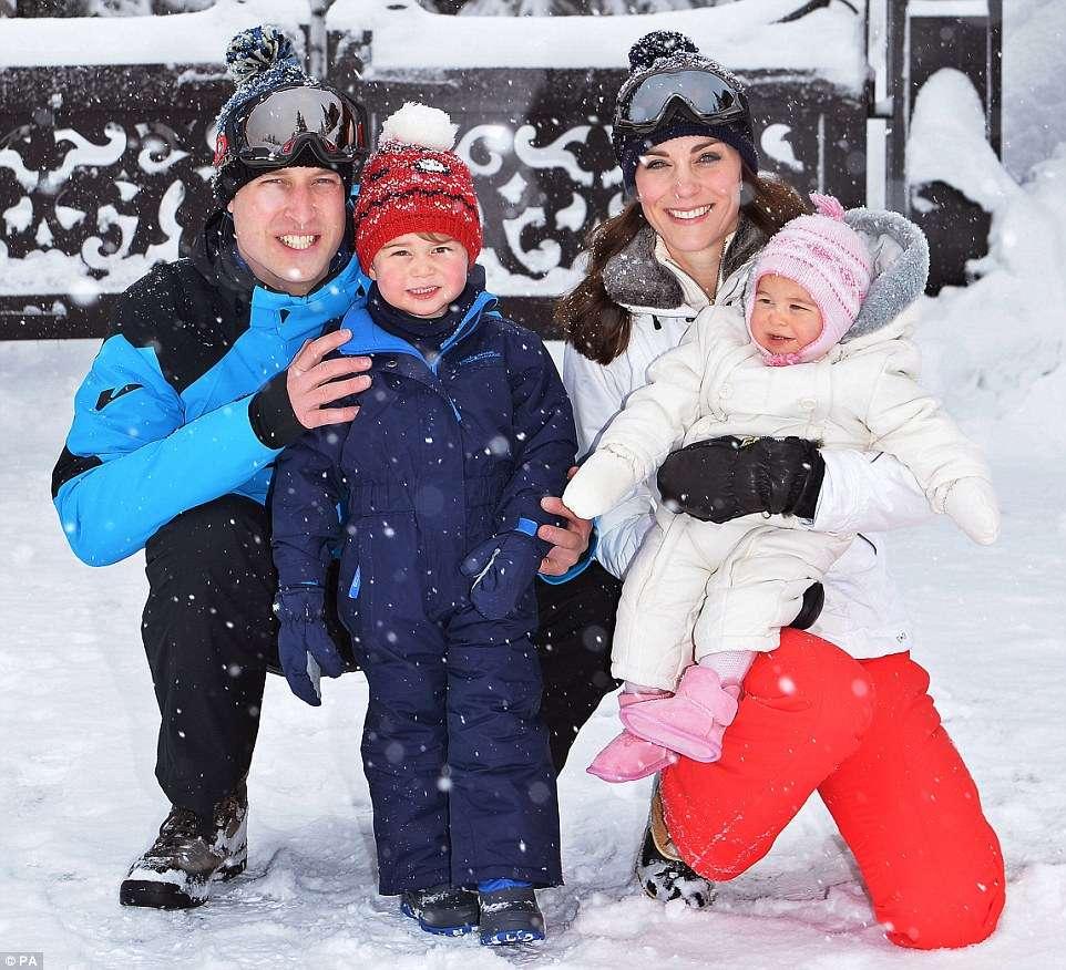 Príncipe William e Duquesa Catherine curtem primeira viagem em família
