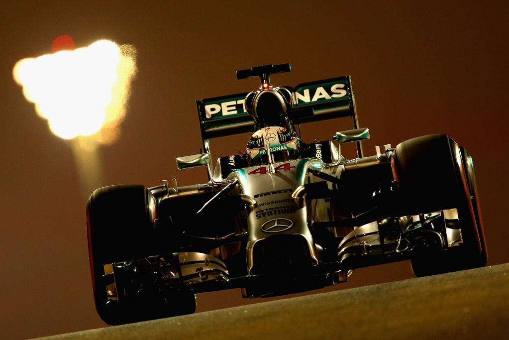 Rosberg supera Hamilton e é o pole do GP de Abu Dabi