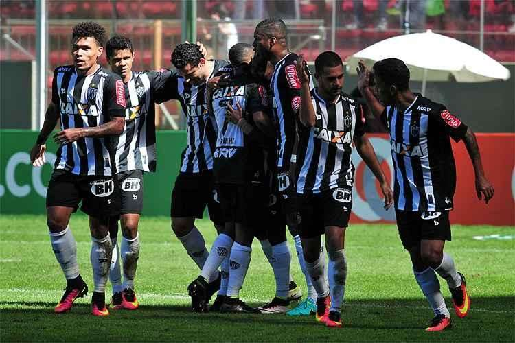 Atlético-MG faz 3 na Ponte Preta e vence a primeira com Marcelo Oliveira