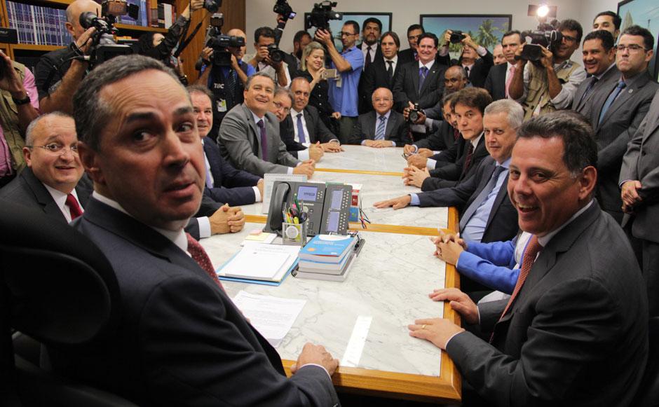 Marconi lidera governadores no STF que pleiteiam acesso às multas da repatriação