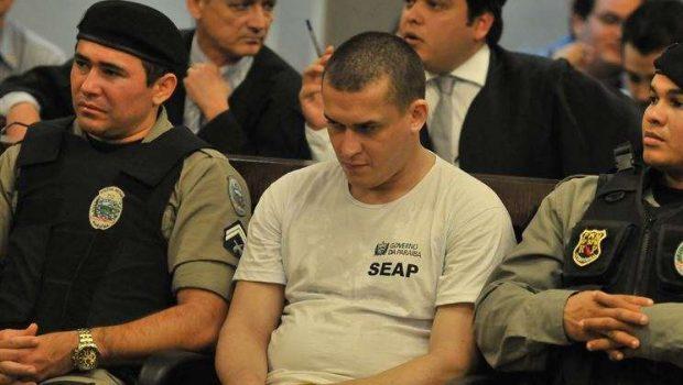 Mentor de estupro é condenado a 108 anos de prisão