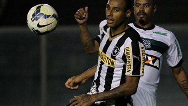Figueirense ganha e deixa Botafogo perto da queda