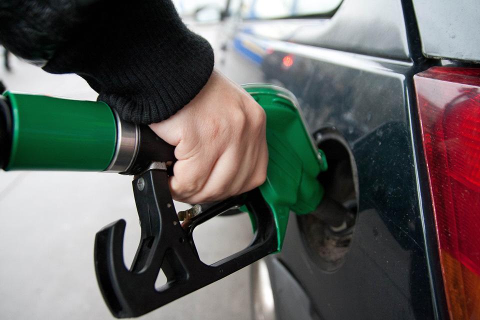 Petrobras anuncia redução de 10,4% no preço do diesel e de 3,1% no da gasolina