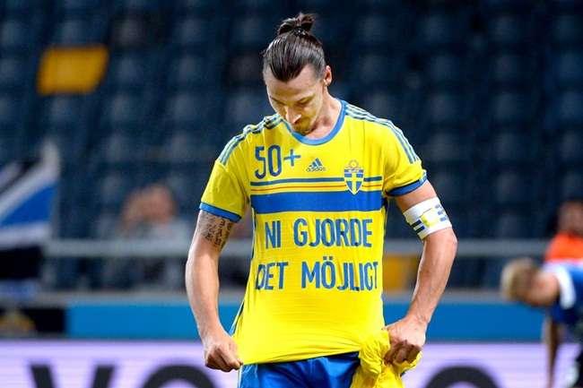 Ibrahimovic faz golaço e vira maior artilheiro da Suécia