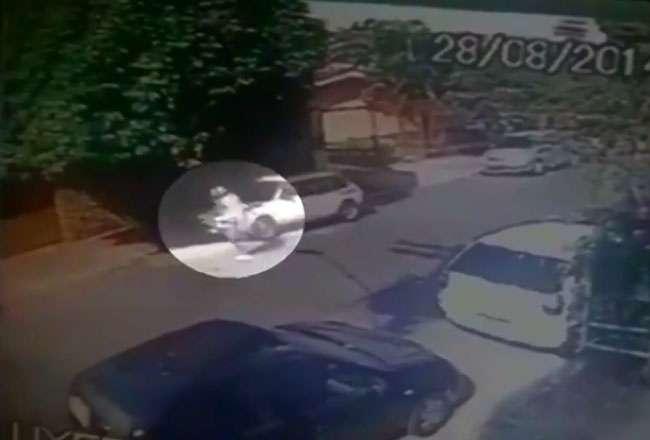 Vídeo flagra Cadu fugindo após atirar em agente prisional, no Setor Bueno