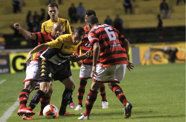 Com gol de Juba, Criciúma vence o Atlético-GO
