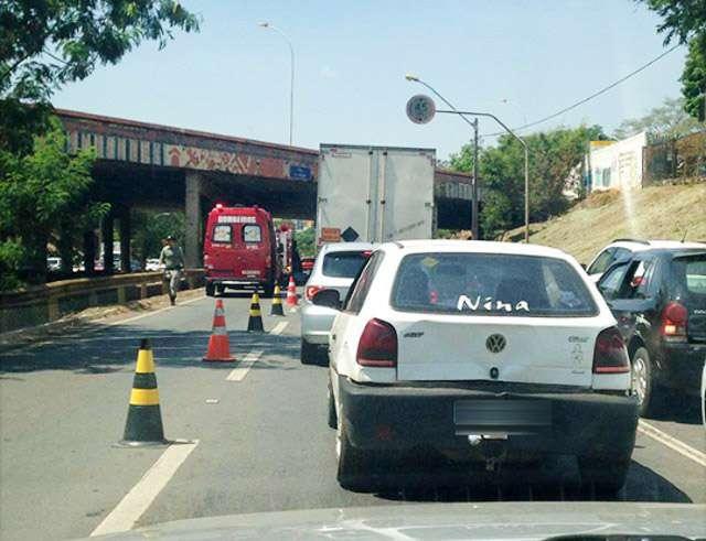 Homem é encontrado morto embaixo de um viaduto da Marginal Botafogo