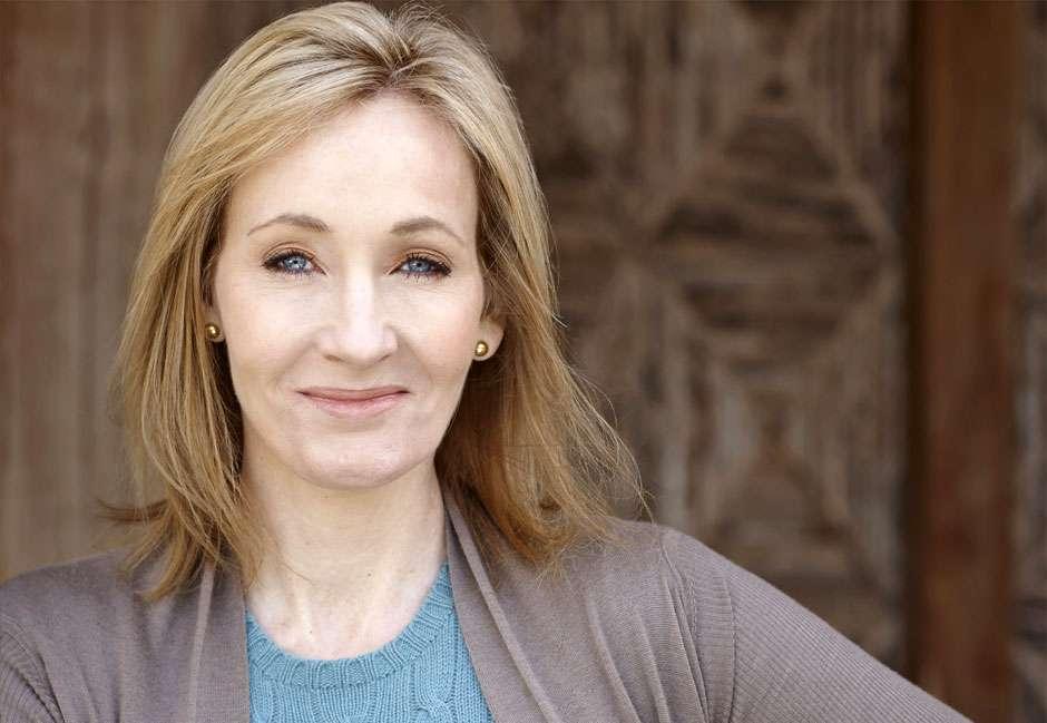 JK Rowling anuncia escola de magia no Brasil