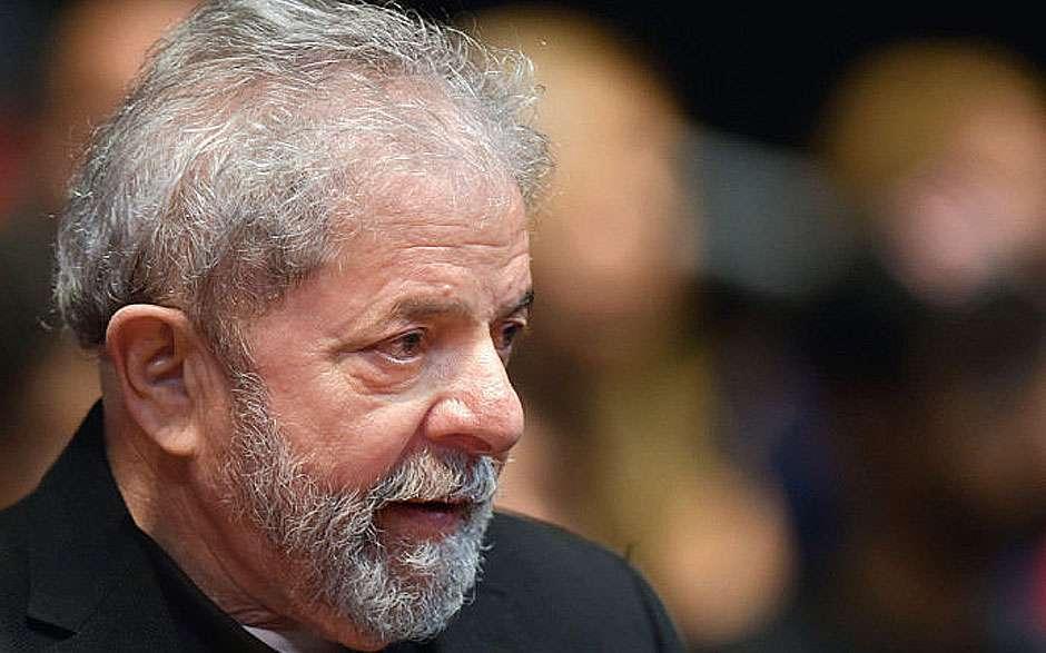 Ministério Público vai denunciar Lula por 'ocultação de propriedade'