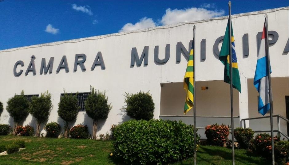Projeto quer incentivar jovens a aprender sobre política em Piracanjuba
