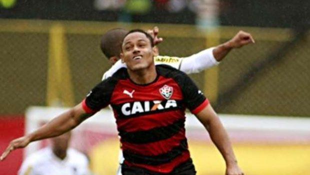 Vitória bate o Botafogo, mas segue na zona de degola