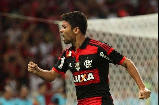 Flamengo bate Criciúma e vence 4ª seguida no Brasileiro