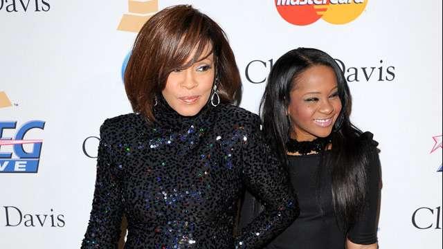 Filha de Whitney Houston tem morte cerebral, diz site