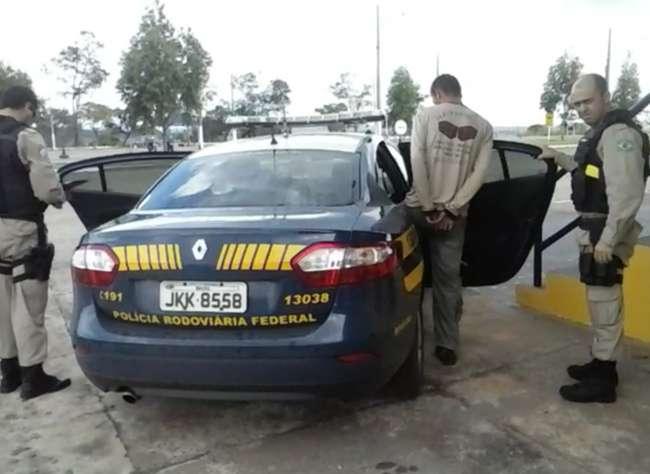 Homem é preso com CHN falsa conduzindo caminhão na BR-060
