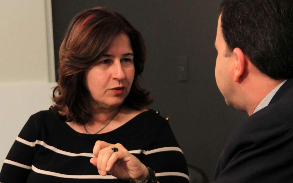 Temas que afugentam oposição, movem Marina Sant'Anna