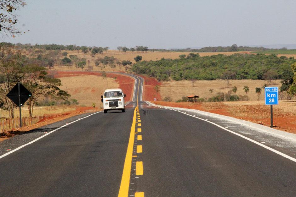 Marconi: GO-450 vai apoiar o desenvolvimento da região entre Piracanjuba e Cristianópolis