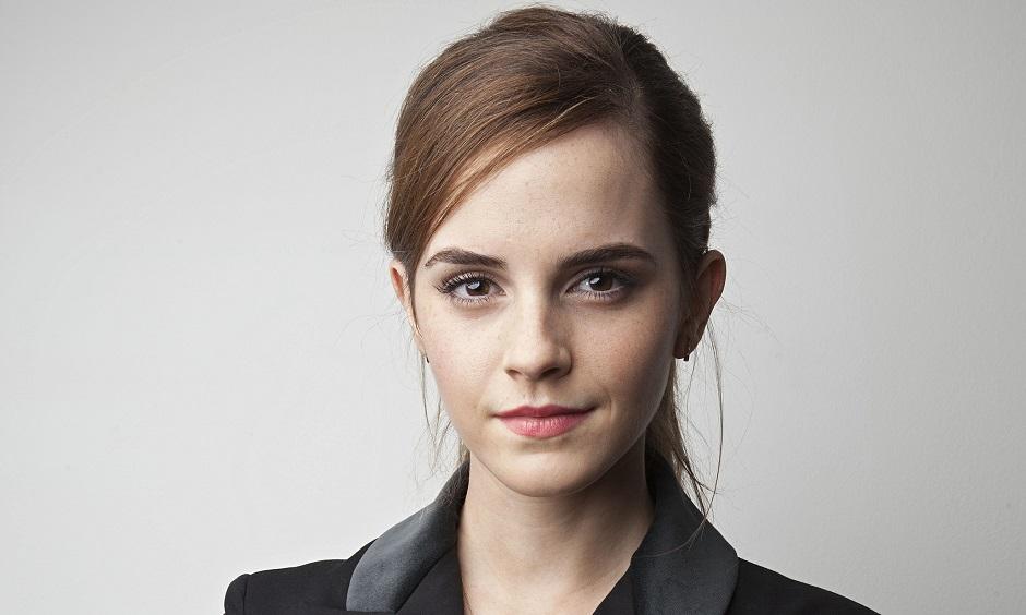 Emma Watson escondeu 100 livros com dedicatórias no metrô de Londres