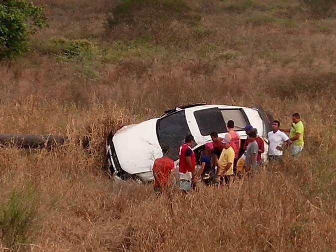 Jogadora Marta sofre acidente de carro em Alagoas