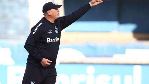 Felipão poupa 4 titulares e testa Giuliano no Grêmio