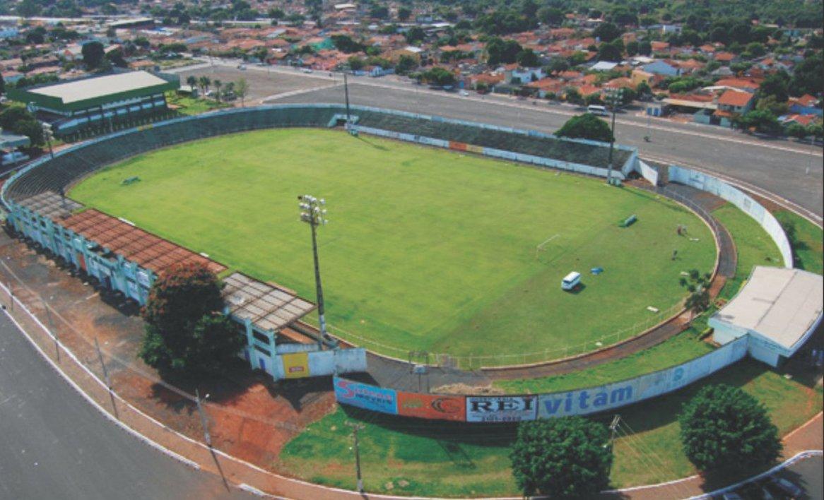 Promotor pede interdição do Estádio Mozart Veloso do Carmo, em Rio Verde