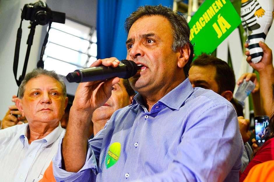 Aécio diz que reunião em São Paulo unificou discurso do PSDB pró-impeachment