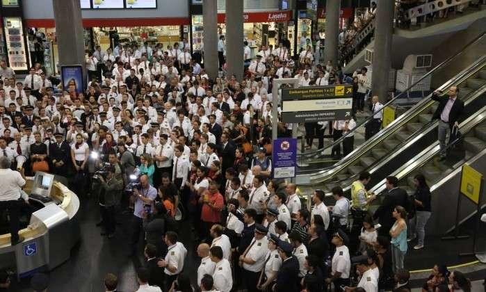 Paralisação de aeronautas pode atrasar voos amanhã em 12 aeroportos