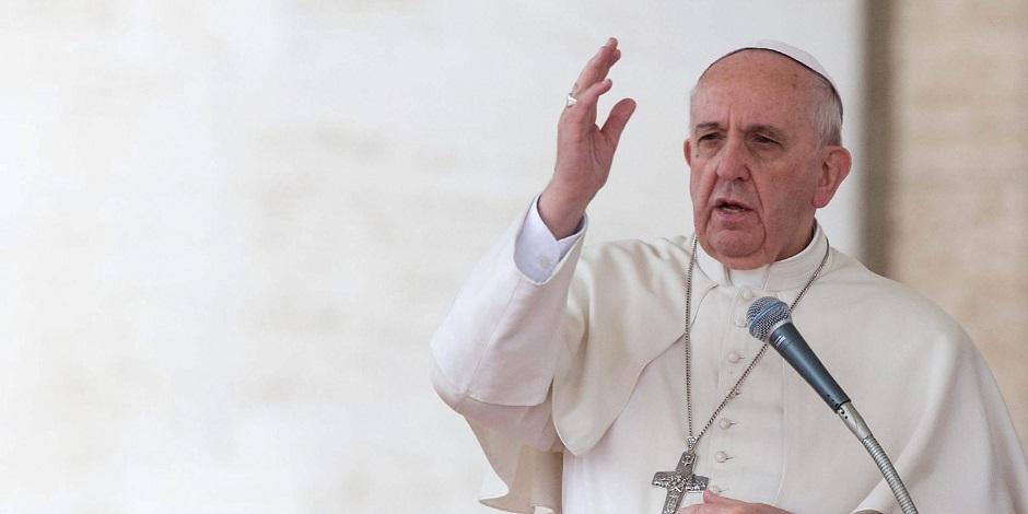 Papa faz novo apelo por 'solução pacífica' na Venezuela