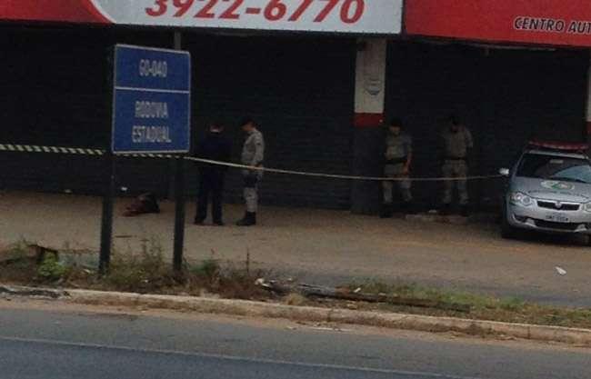 Morador de rua é morto a facadas em Goiânia