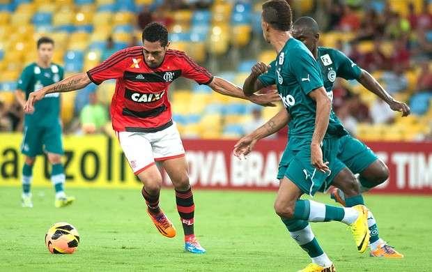 Goiás x Flamengo: ingressos custam R$ 100 e R$ 200