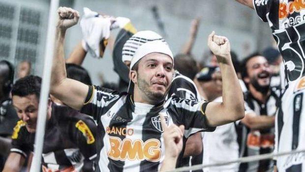 Atlético-MG conta com gols contra e vence Atlético-PR